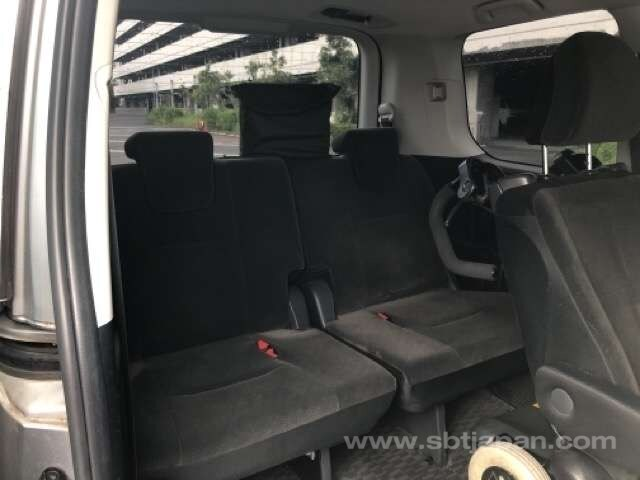 JULY 2011 TOYOTA NOAH VEHICLE WITH WHEELCHAIR THAT DETACHES FROM THE VEHICLE, 2 KEYS
